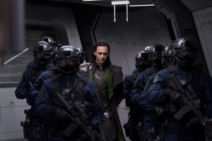 avengers-movie-image-tom-hiddleston-01-600x400